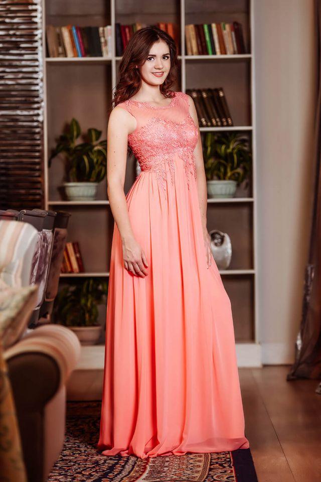Подобрать платье на выпускной вечер