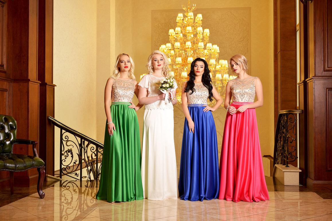 Как подобрать цвет платья