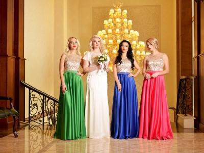 Как выбрать цвет выпускного платья